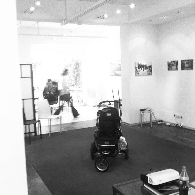 #Ausstellungseröffnung #laSaladaProject. #MatiasDewey #SarahPabst #Aachen #Logoi Instagram