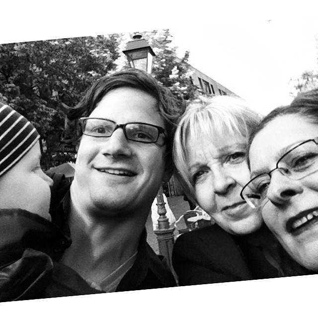 Heute fehlt aber auch gar nix :) Das Selfie mit Hannelore Kraft, Christiane Karl, Max und mir
